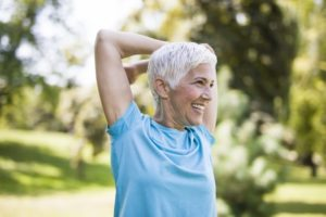 older woman exercising for weight loss in Richardson